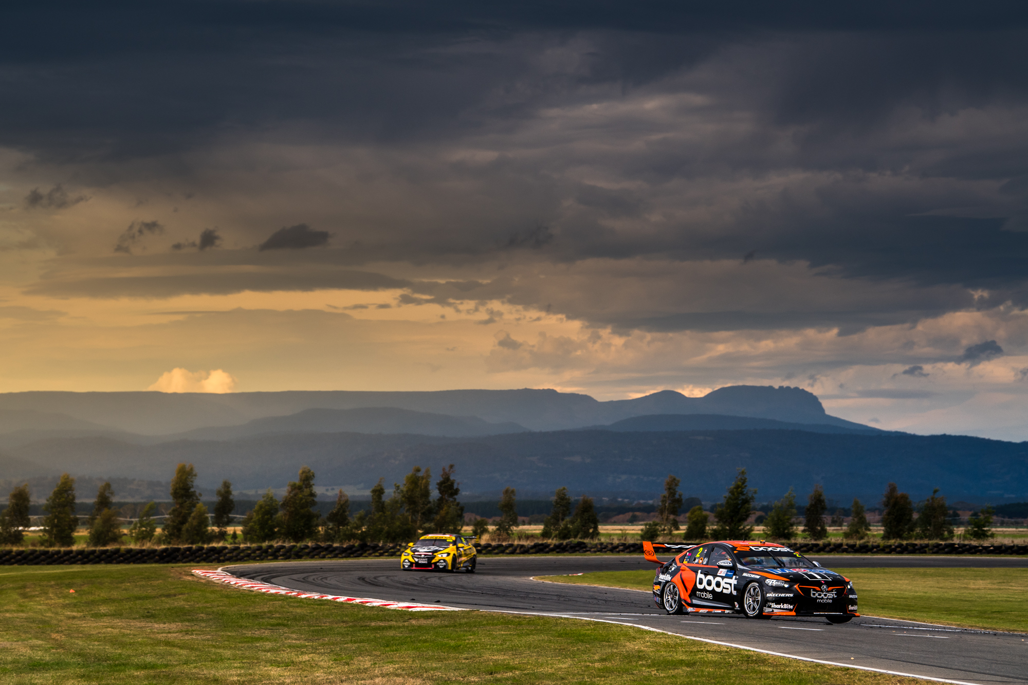 2018 Supercars Championship Round 3. Tasmania SuperSprint, Symmons Plains Raceway, Tasmania, Australia. Friday 6th April to Sunday 8th April 2018. World Copyright: Daniel Kalisz Photographer Ref: Digital Image DSC_7727.NEF