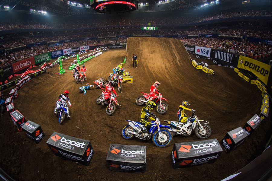 2017 Monster Energy AUSX Open.  Qudos Bank Arena, Sydney, New South Wales, Australia. Saturday 11th November to Sunday 12th November 2017. World Copyright: Daniel Kalisz Photographer Ref: Digital Image DSC_9122.NEF