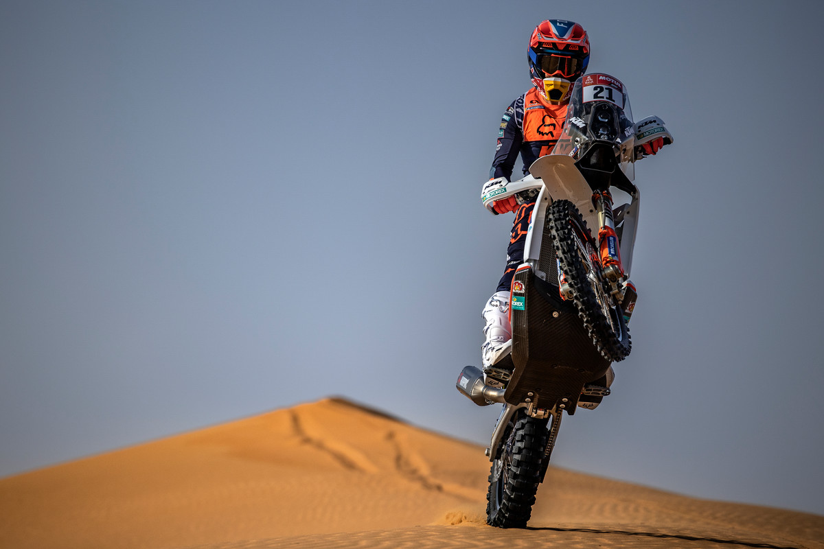 370410_KTM_Rally_Sanders_2021_Action_1001